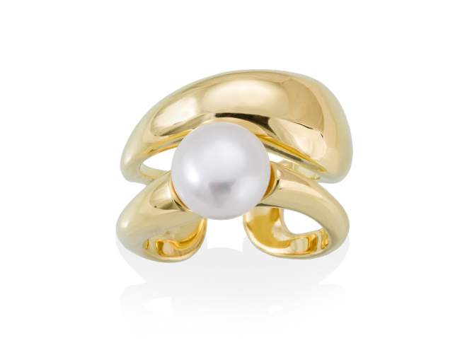 Ring AOMORI pearl in golden silver de Marina Garcia Joyas en plata Ring in 18kt yellow gold plated 925 sterling silver with freshwater cultured pearl.