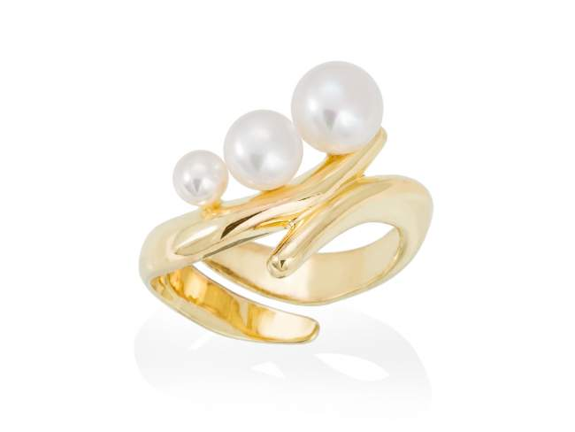 Ring TAKA pearl in golden silver de Marina Garcia Joyas en plata Ring in 18kt yellow gold plated 925 sterling silver with freshwater cultured pearls.