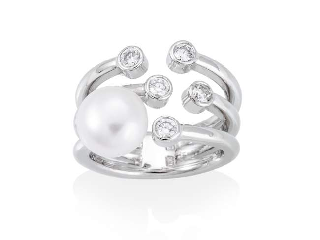 Ring HANOI pearl in silver de Marina Garcia Joyas en plata Ring in rhodium plated 925 sterling silver. white cubic zirconia and freshwater cultured pearl.