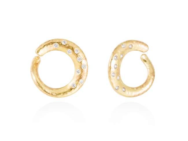 Earrings LAOS white in golden silver de Marina Garcia Joyas en plata Earrings in 18kt yellow gold plated 925 sterling silver with white cubic zirconia. (size: 2 cm.)