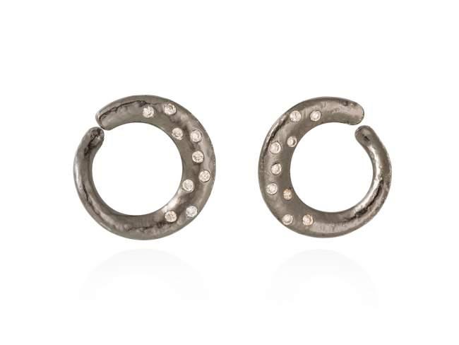 Earrings LAOS  in black silver de Marina Garcia Joyas en plata Earrings in ruthenium plated 925 sterling silver, with cognac cubic zirconia. (size: 2 cm.)
