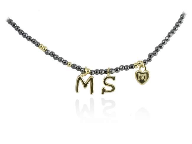 Gargantilla NAME Gris en plata dorada de Marina Garcia Joyas en plata Gargantilla de plata de primera ley (925) chapada en oro amarillo de 18kt con hematites. (largo: 40+3 cm.)
