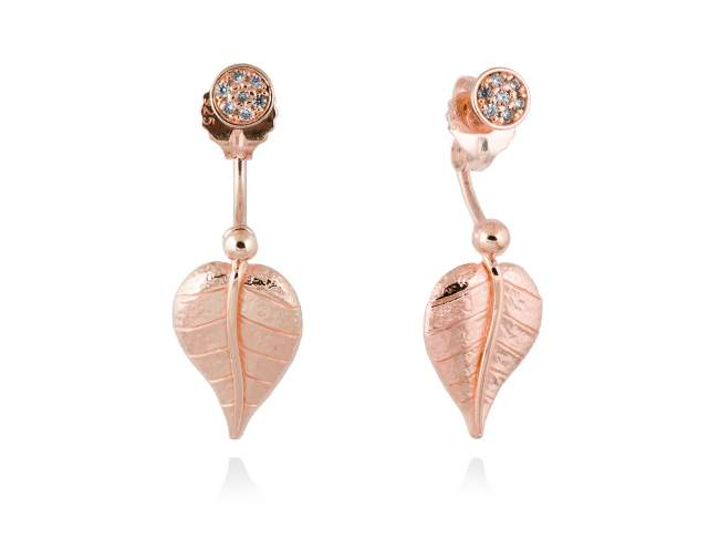 Earrings LEAVES White in rose silver de Marina Garcia Joyas en plata Earrings in 18kt yellow gold plated 925 sterling silver and white cubic zirconia. (length: 3,3 cm.)