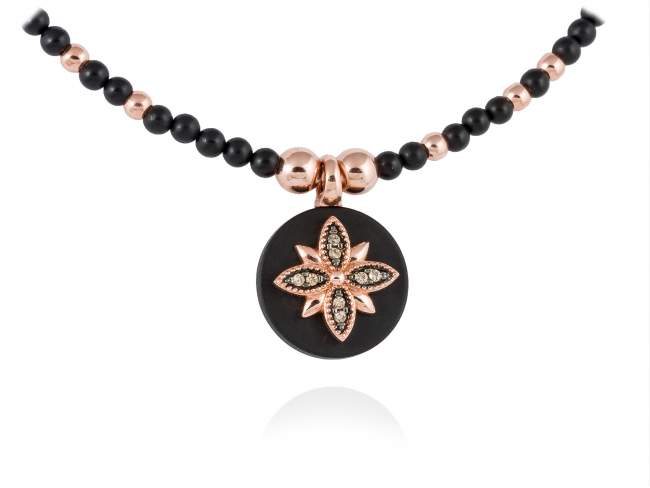 Necklace MOON Black in rose silver de Marina Garcia Joyas en plata Necklace in 18kt rose gold plated 925 sterling silver, cognac cubic zirconia and black onyx. (Length of necklace: 41+3 cm. Size of pendant: 1,6 cm.)