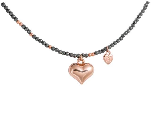 Gargantilla HEART en plata rosa de Marina Garcia Joyas en plata Gargantilla de plata de primera ley (925) chapada en oro rosa de 18kt y hematites. (largo: 40+3 cm.)