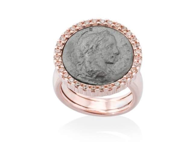Anillo EMPIRE en plata rosa de Marina Garcia Joyas en plata Anillo de plata de primera ley (925) con baño de rutenio y chapado en oro rosa de 18kt y circonita coñac.