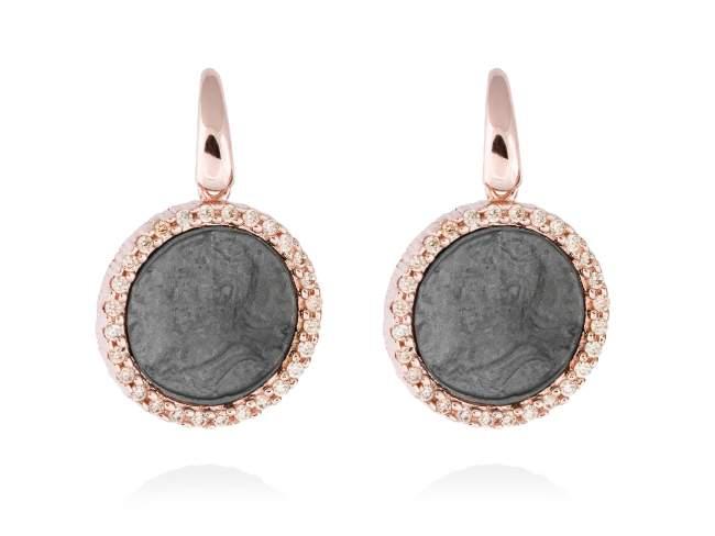 Pendientes EMPIRE en plata rosa de Marina Garcia Joyas en plata Pendientes de plata de primera ley (925) con baño de rutenio y chapado en oro rosa de 18kt y circonita coñac. (tamaño: 2,7 cm.)