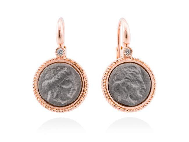Earrings TERRA in rose silver de Marina Garcia Joyas en plata Earrings in 18kt rose gold and ruthenium plated 925 sterling silver and white cubic zirconia. (size: 2,5 cm.)