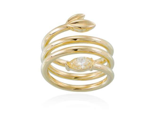 Ring HIEDRA in golden silver de Marina Garcia Joyas en plata Ring in 18kt yellow gold plated 925 sterling silver with yellow cubic zirconia.