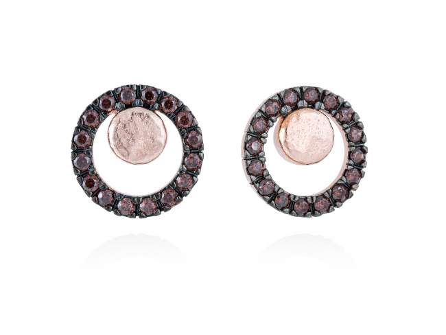 Earrings FOUNDANT Brown in rose silver de Marina Garcia Joyas en plata Earrings in 18kt rose gold plated 925 sterling silver with brown cubic zirconia. (size: 1,5 cm.)
