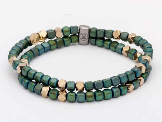 Bracelet TAO Green in golden silver de Marina Garcia Joyas en plata Bracelet in 18kt yellow gold plated 925 sterling silver with green coated hematite and golden coated hematite. (wrist size: 17,5 cm.)