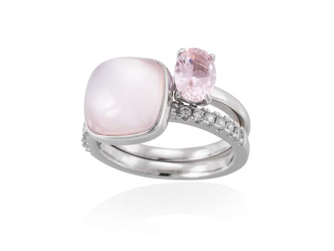 Ring LAKE Pink in silver de Marina Garcia Joyas en plata Ring in rhodium plated 925 sterling silver, white cubic zirconia, synthetic stone in pink color and pink mother of pearl and milky quartz doublet.